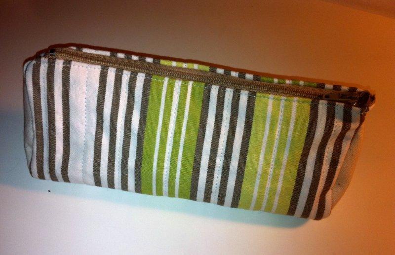 DIY estuche de patchwork de tela acolchada