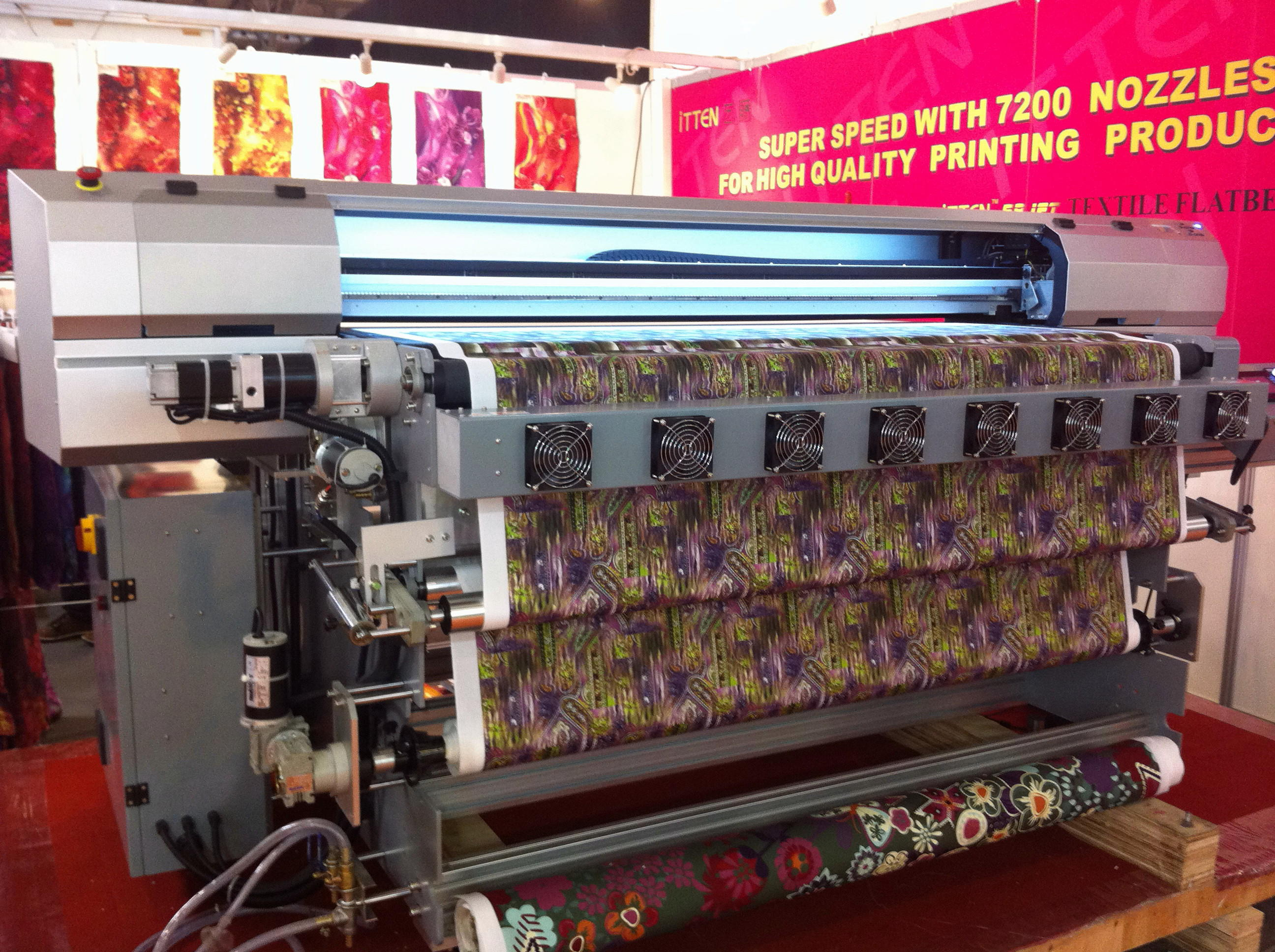 Impresión sobre textil en gran formato FESPA Fabrics