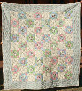 colcha de patchwork solidaria 9 patch